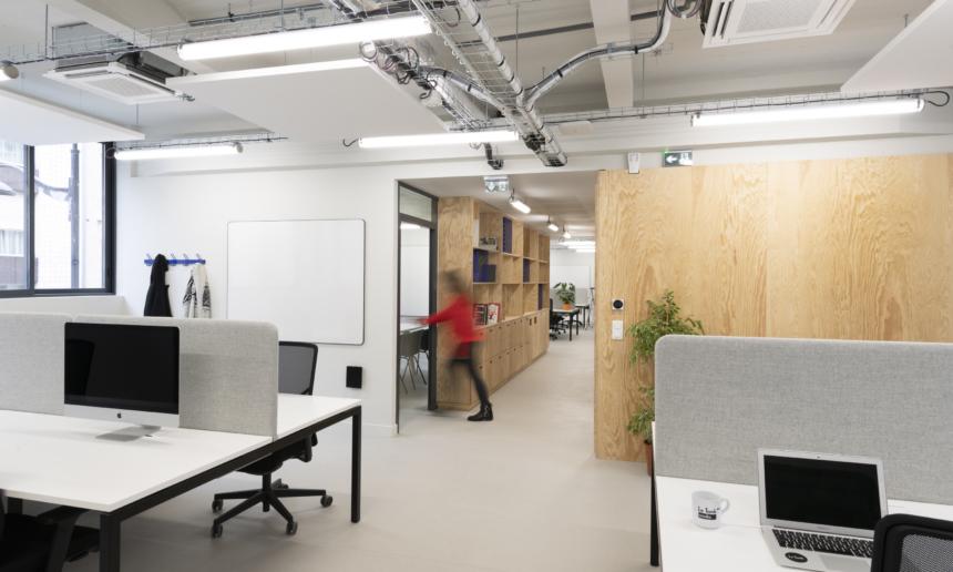 Des salles de travail et de réunion